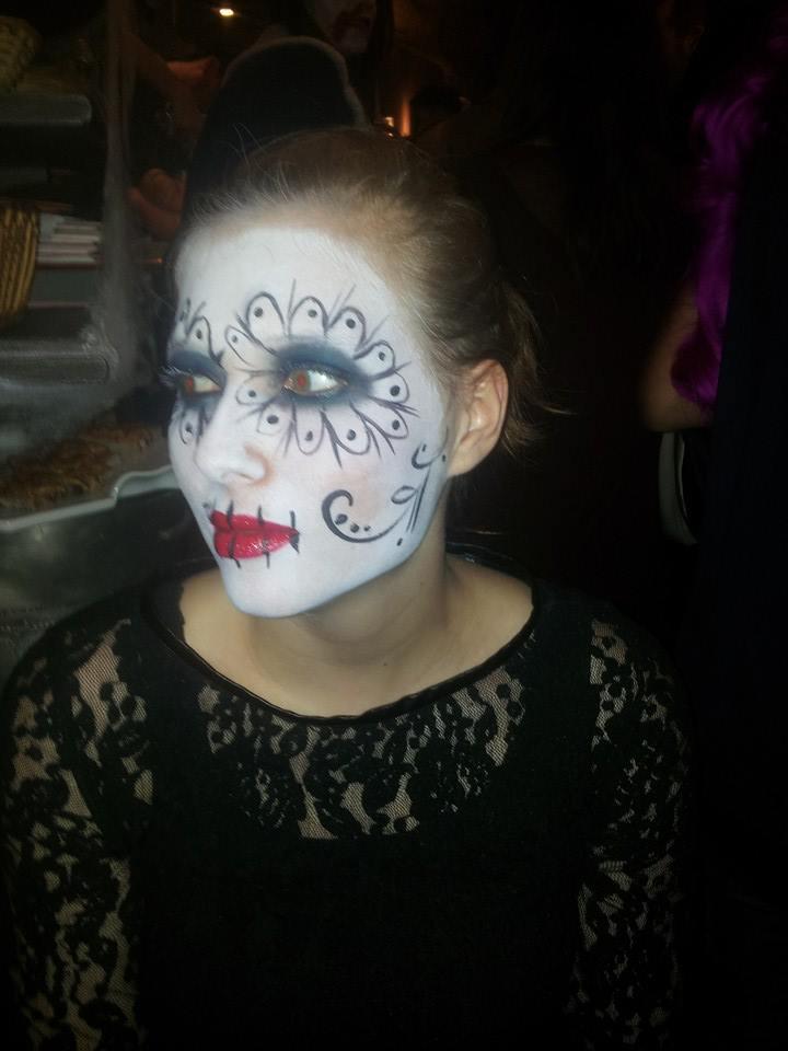 MAKEUP PAR LUCILLE @Bar L'inévitable à l'occasion d'une soirée Halloween